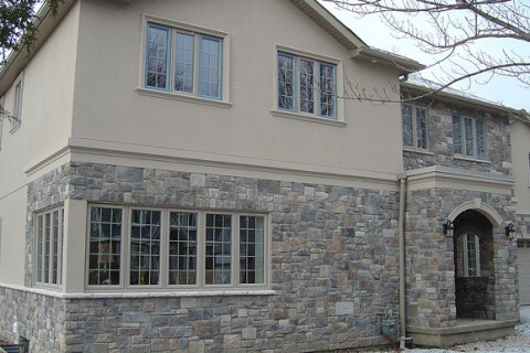 Port Credit, Mississauga – Complete House Stucco and Stone Application