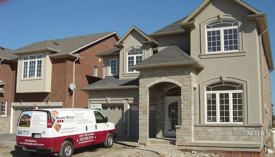 New Home Stone Siding And Stucco Building Blocks Construction