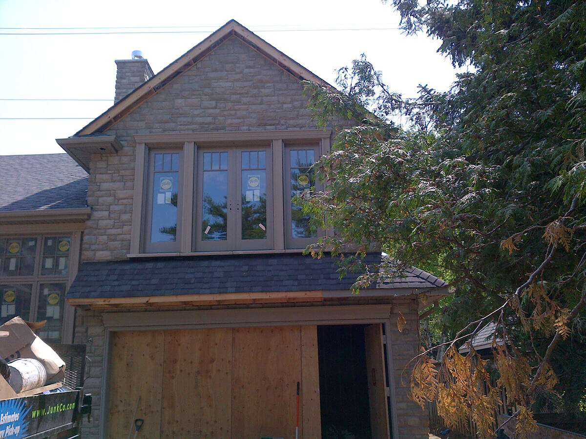 truscott dr lorne park mississauga residential stucco and stone veneer building blocks
