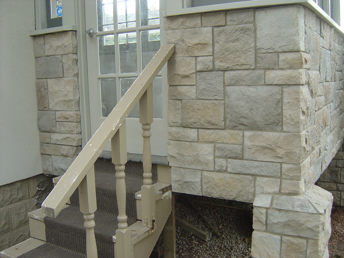 House Entrance - Natural Stone Veneer Example