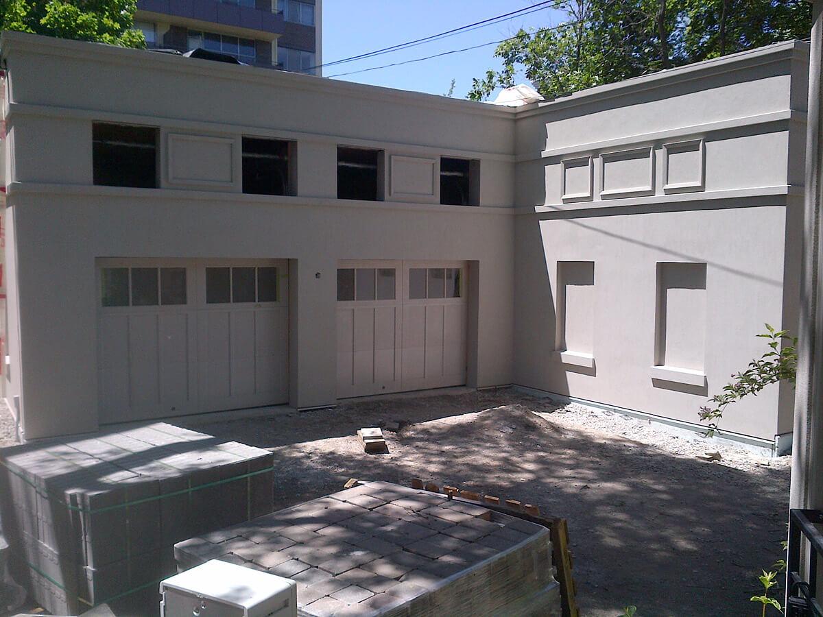 Exterior Stucco Finish Ideas - Garage