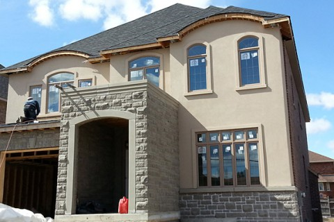 New House Stone Veneere and Stucco – Confederation Pkwy, Mississauga