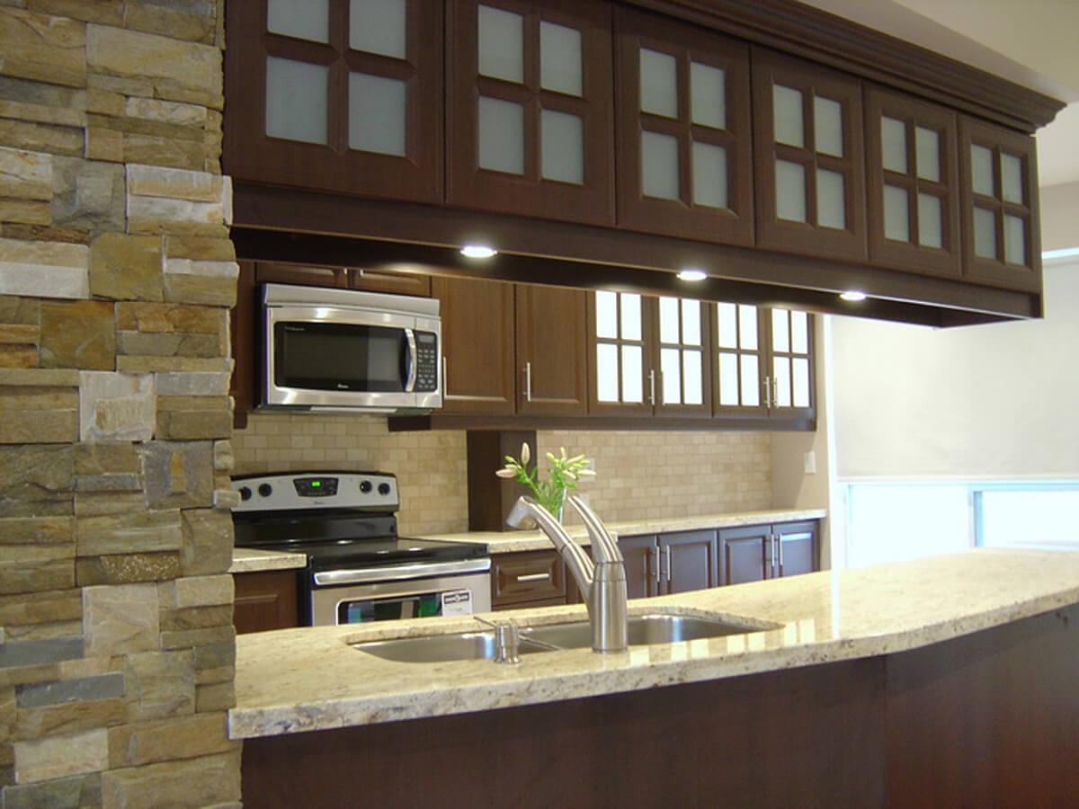 Interior Stone Veneer Kitchen and Cabinets